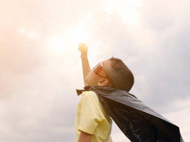 foto_niño_superheroe
